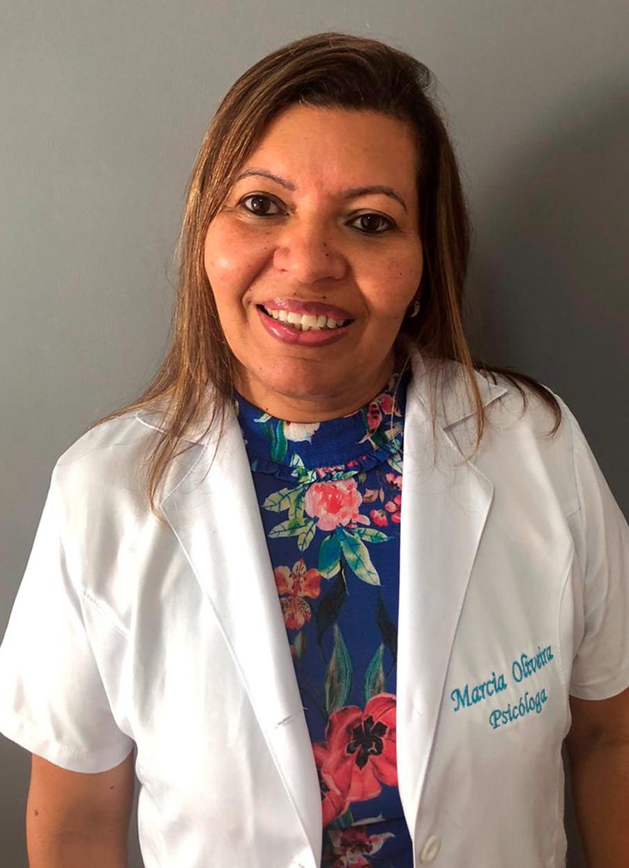 Marcia Abreu Neves de Oliveira